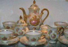 17 db-os luxus kávés készlet, kézi porcelán 24 kt arany