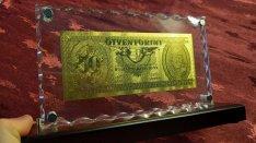 50-dik születésnap luxus ajándék, ritka 50 Forint arany UNC bankjegy