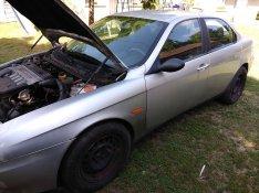 Alfa Romeo 156 1.9JTD 2002-es szélvédő és más alkatrészek