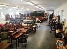 Antik bútor , chesterfield  ,barokk ,reneszánsz  , ónémet