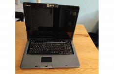 Asus M70Vr Notebook, C2D P8400, 4 GB DDR2, 128 GB SSD, 17