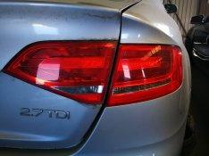 Audi A4 B8 szedán jobb hátsó lámpák