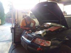 Autó szerelés, gumi javítás, klíma töltés