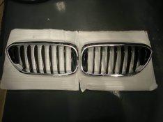 BMW G30-31, F01, Gyári hűtőrács vese eledó
