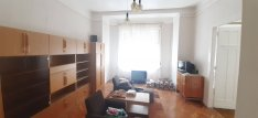 Belvárosi, 1 emeleti, 2szobás, 70m2 -es, gázfűtéses lakás,eladó