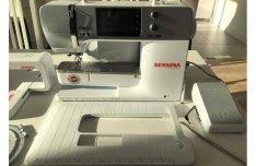 Bernina 570 varró- és hímzőgép hímzőegységgel