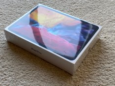 Bontatlan Új Ipad Pro 2020 11 256GB Wi-Fi Wi-Fi Space És Silver Azon