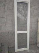 Bontott ablakok, beltéri ajtók