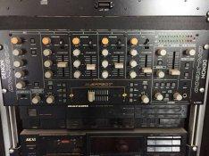 Dynacord PA rendszer eloerosítovel és erosítovel, valamint DJ keverove
