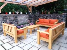Egyedi fenyő kanapé, kerti bútor országszerte