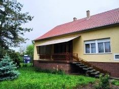 Eladó családi ház Dunaszentgyörgy központjában