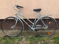 Eladó egy igazi Német 28 női kerékpár nagyon jó áron ingyenes kiszállí