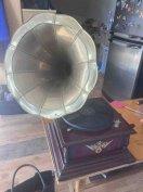 Eladó gramofon