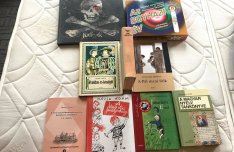 Eladók a fotókon látható könyvcsomag, kötelező olvasmányok