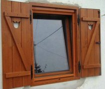 Fa ablak, ajtó gyártás hagyományos, paraszt, retró és modern stílusban