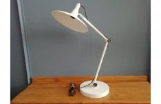 Fehér retro stílusú asztali, íróasztali lámpa, design lámpa