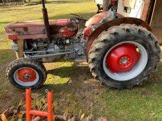 Ferguson 135 traktor eladó