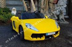 Ferrari hasonmás 24V sárga elektromos kisautó / kulcsos indítás