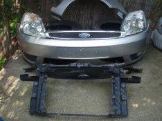 Ford fiesta 2002 - 2005 -ig. komplett eleje!