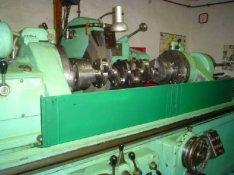 Főtengely köszörülés 2500 mm- íg Papp-gép
