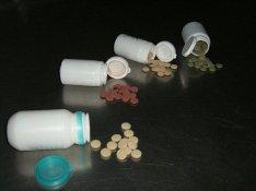 Gyógynövény tabletta gyártása tablettázás  3 ft/db Herbena Kft
