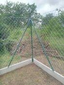 Hagyományos Drótkerítés drótfonat betonoszlop kerítés építés vadháló