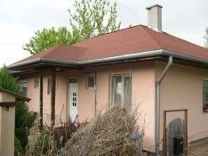 Harmatosvölgyben 2+2 félszobás ház eladó