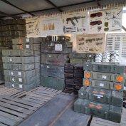 Katonai honvédségi értékesítésből faládák nagyon széles választékban