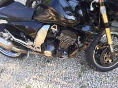 Kawasaki z1000 alkatrész