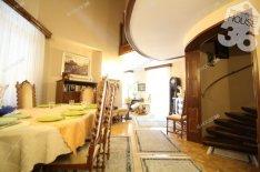 Kecskeméti 205 nm-es ház eladó