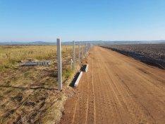 Kerítésépítés, kerítés betonoszlop vadháló drótháló elem drótkerítés