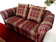 Kis kanapé elajándékozni