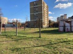 Kiskunhalas belvárosban 1235 m2-es építési telek eladó!
