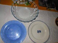 Konyhai dolgok Szépséges kékségek üvegtálak olcsón más is