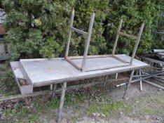 Konyhai rozsdamentes asztalok