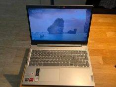 Lenovo Ideapad 3 15ADA05 - Like New