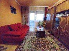 Liftes házban 2 szobás lakás eladó