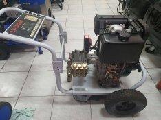 Magasnyomású mosó diesel motoros