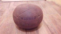 Medicin labda retro bőr, 4 kg, laposított , ülő labda, szép állapot, c