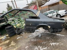 Mercedes CE osztály bontott karosszéria tetőablakos tető sárvédő