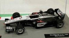 Mika Häkkinen Mclaren Mercedes Benz 1/43 F1 autó modell makett autók