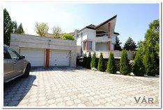 Mogyoródon örökpanorámás luxus színvonalú családi ház eladó!