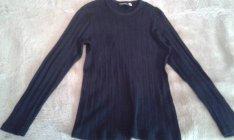 Női hosszúujjú pulcsik ülönféle mintákkal, S M méretben