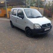 Opel Agila 1.0 12V Club (5 személyes )