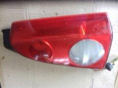 Opel Agila Hátsó lámpák eladók. 2003-as évjáratún volt.