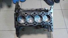 Opel corsa agila 1.2 16v z12xep fűzött motor blokk