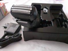 Panasonic típusu elforduló borotvafejes villanyborotva eladó !