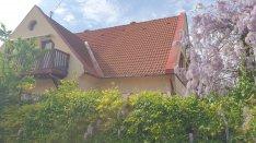 Pécsen Régi Kertvárosban 2 szintes+ tetőtéri családi ház eladó