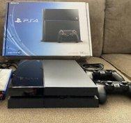Playstation 4 / Ps4 Minden gyári tartozékkal! Teljesen kompletten!
