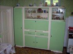 Retro konyhaszekrény, asztal, székek, pad eladó
